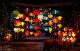 Shops selling lanterns