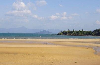 The beach near Sabai Sabei