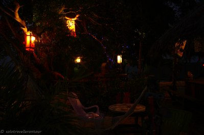 Beautiful setting by night next to the bar