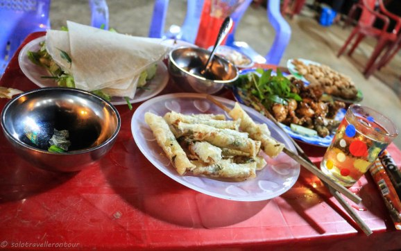 My last dinner in Quang GNai - springrolls and fried frog legs