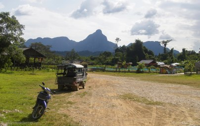 Explore the area of Vang Vieng byu bike or car