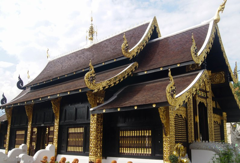 One of the many Wats in Chiang Mai