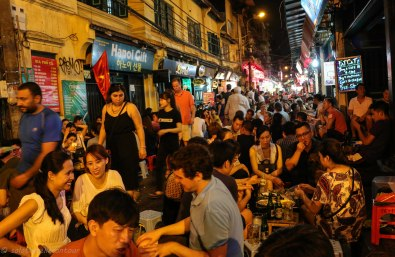 The packed beer alley