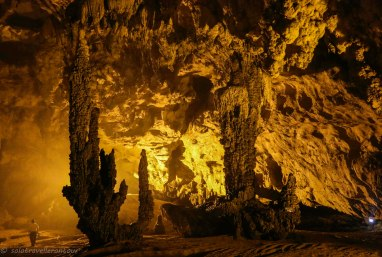 The most impressive chamber of Động Ngườm Ngao cave