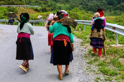 Locals heading back from the market I missed