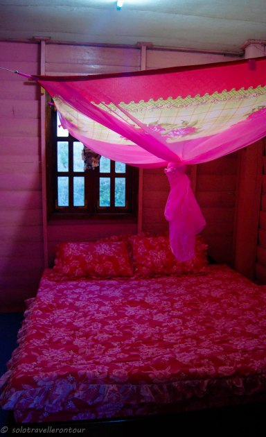 The double bed of the single bungalow