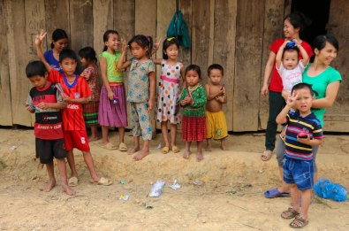 The kids in the village after they reciev the gifts