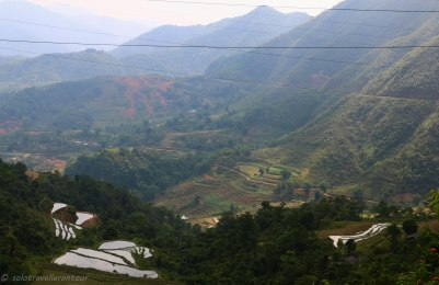 The road donw the mountain to Nguyen Binh