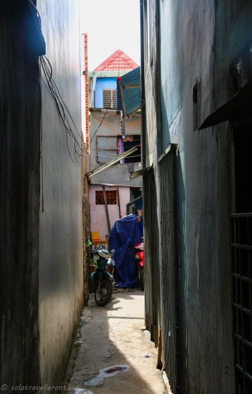 One of the little alley in Phu Nhuan District