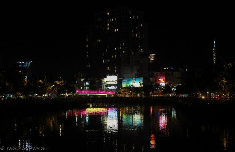 Phu Nhuan District by night