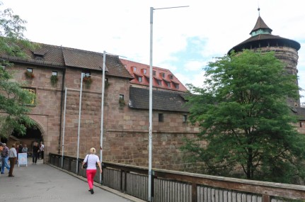 Old city wall and entrance to Handwerkerhof