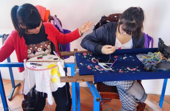 Producing silk embroideries
