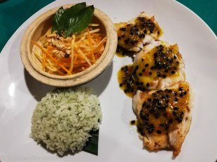 Fried fish with papaya sauce