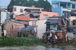 Local life next to the Mekong