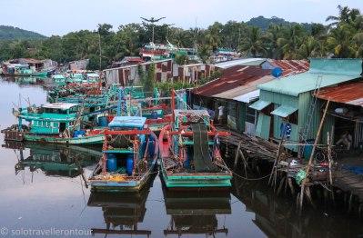 Local harbor near Bai Sao