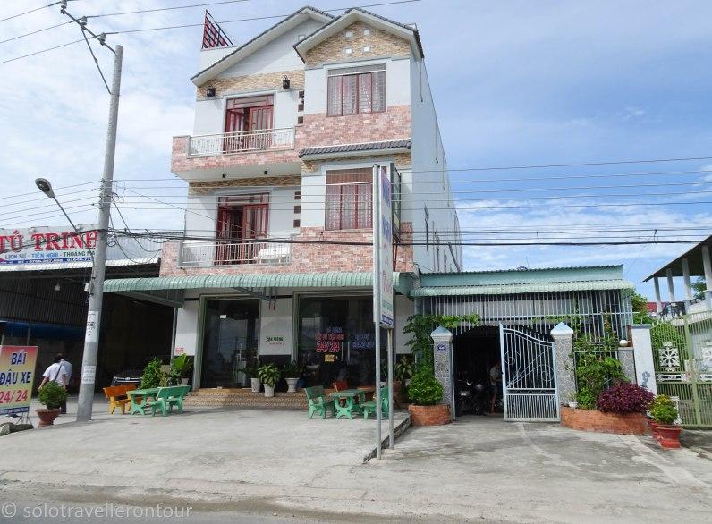 Nhà Nghỉ Tú Trinh Hotel