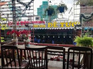Balcony / smoking area