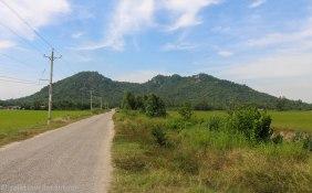Road towards Nui Ba The